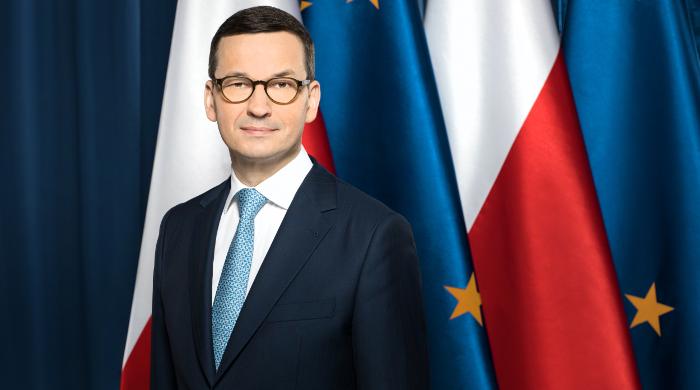 Orędzie Morawieckiego najpierw pokazała TVP. TVN i Polsat otrzymały nagranie z opóźnieniem