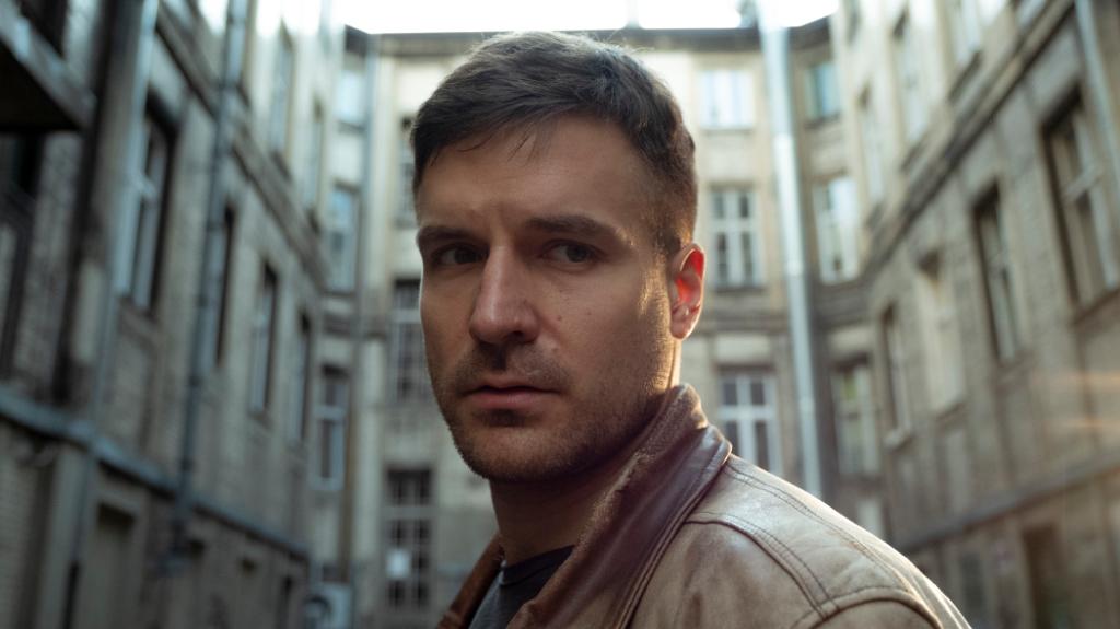 Piotr Stramowski - Ultraviolet