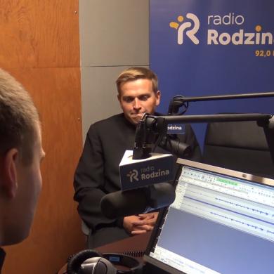 """Konkurs na częstotliwości Katolickiego Radia Rodzina. Brak koncesji """"z powodu nieobecności Arcybiskupa Metropolity Wrocławskiego"""""""