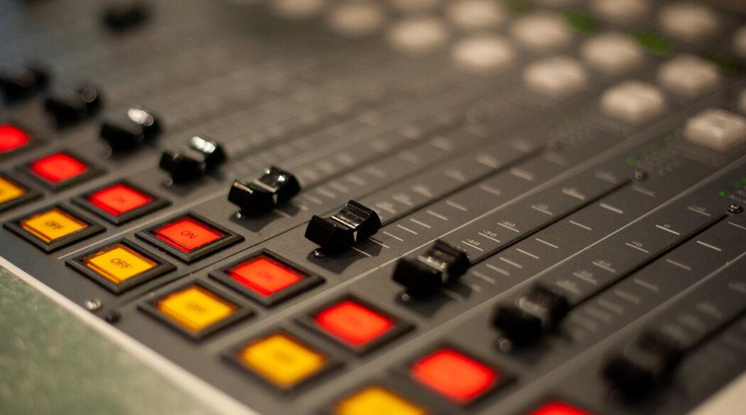 Radio - konsoleta